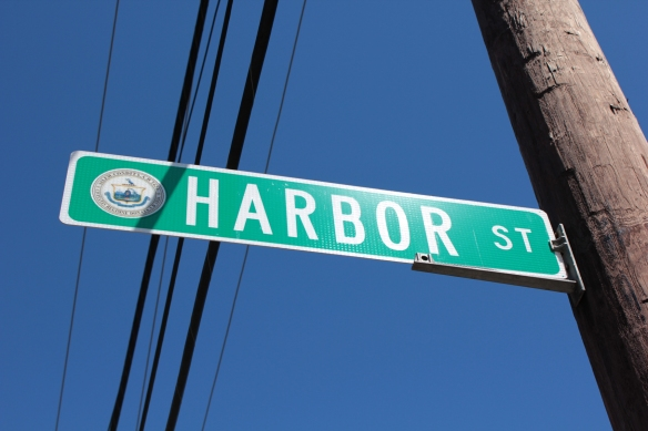08_Harbor Street sign